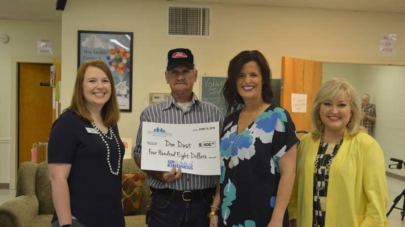 Don Dust was recently honored as this month's recipient of the Gr8 Acts of Kindness award.