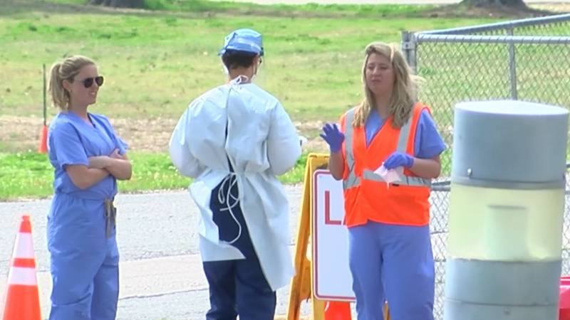 Healthcare workers at Mid-South coronavirus testing site