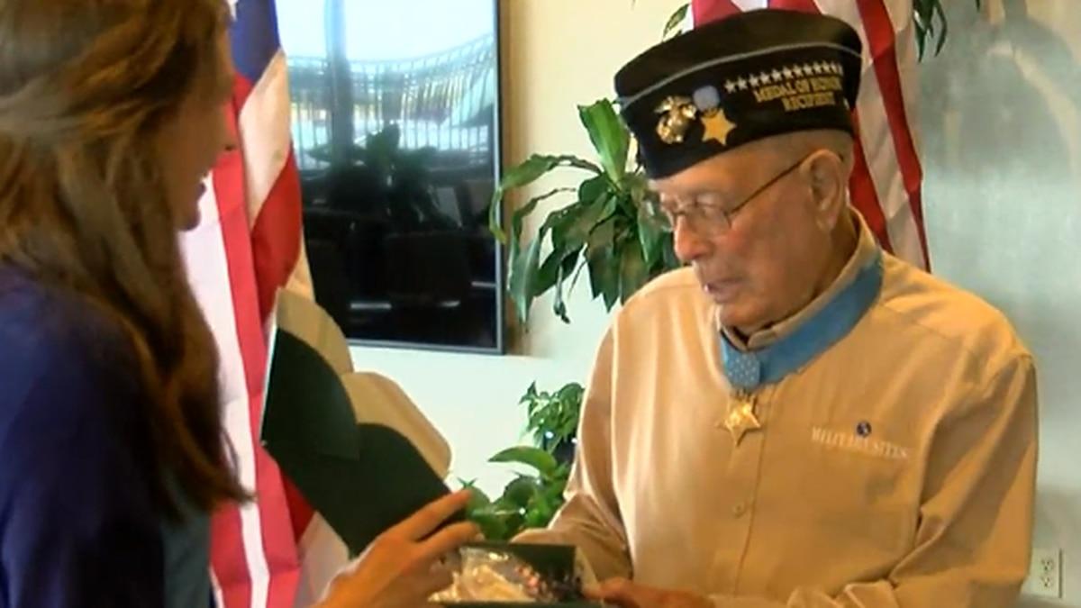 Last living Medal of Honor recipient visits Memphis
