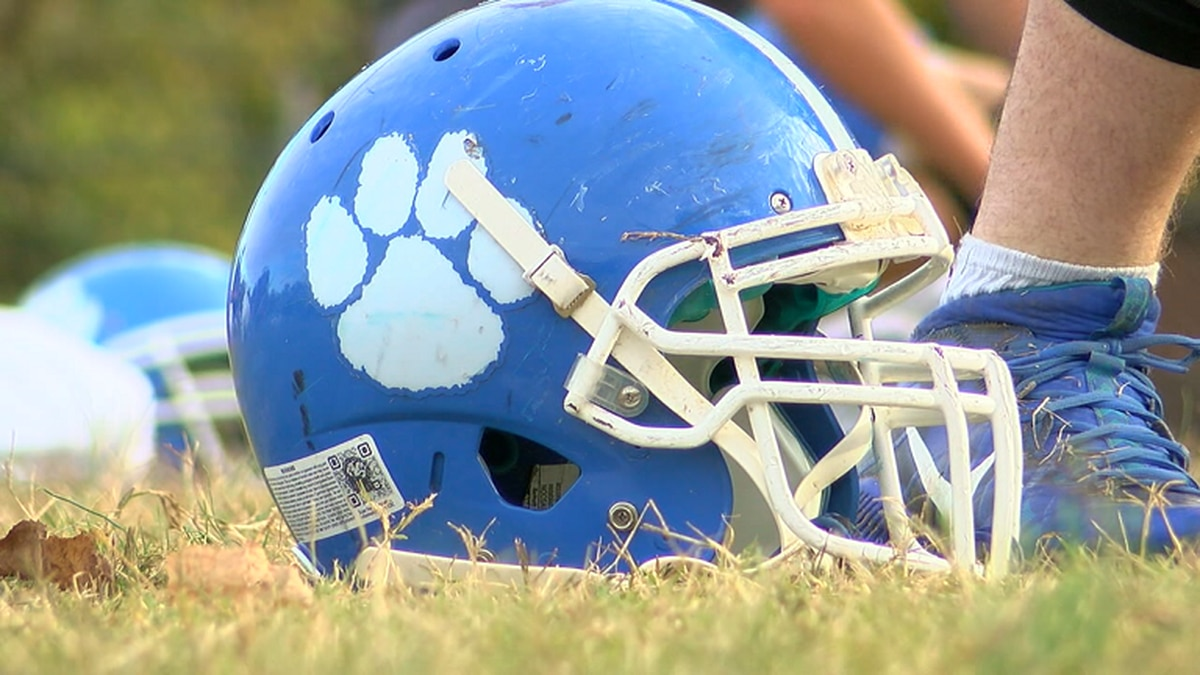Rector will transition from 11-Man to 8-Man football in 2020.