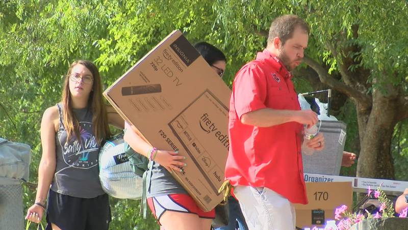 Volunteers from several local churches and student organizations helped with move-in efforts.