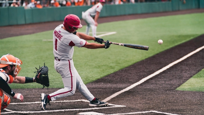 Arkansas holds off Tennessee 3-2 to pick up the series win