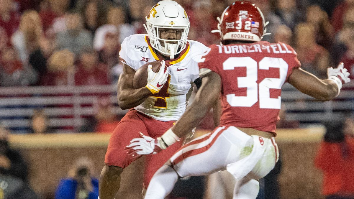 Former Iowa State RB Johnnie Lang Jr. committed to Arkansas State.