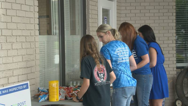 Two hundred first responders were served free food on Thursday. Coldwell Banker on Culberhouse...