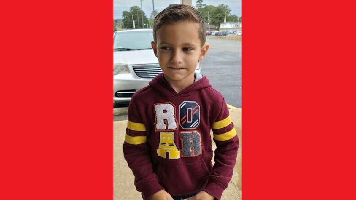 Arkansas State Police have issued an Amber Alert for a missing 7-year-old boy.