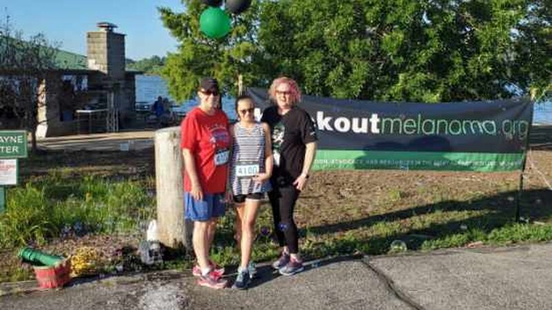 Tammy Riley (right) is a melanoma patient who took part in the 5K. (Source - Tammy Riley)