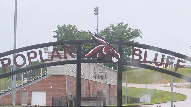 Poplar Bluff student test positive for COVID-19 after senior banquet