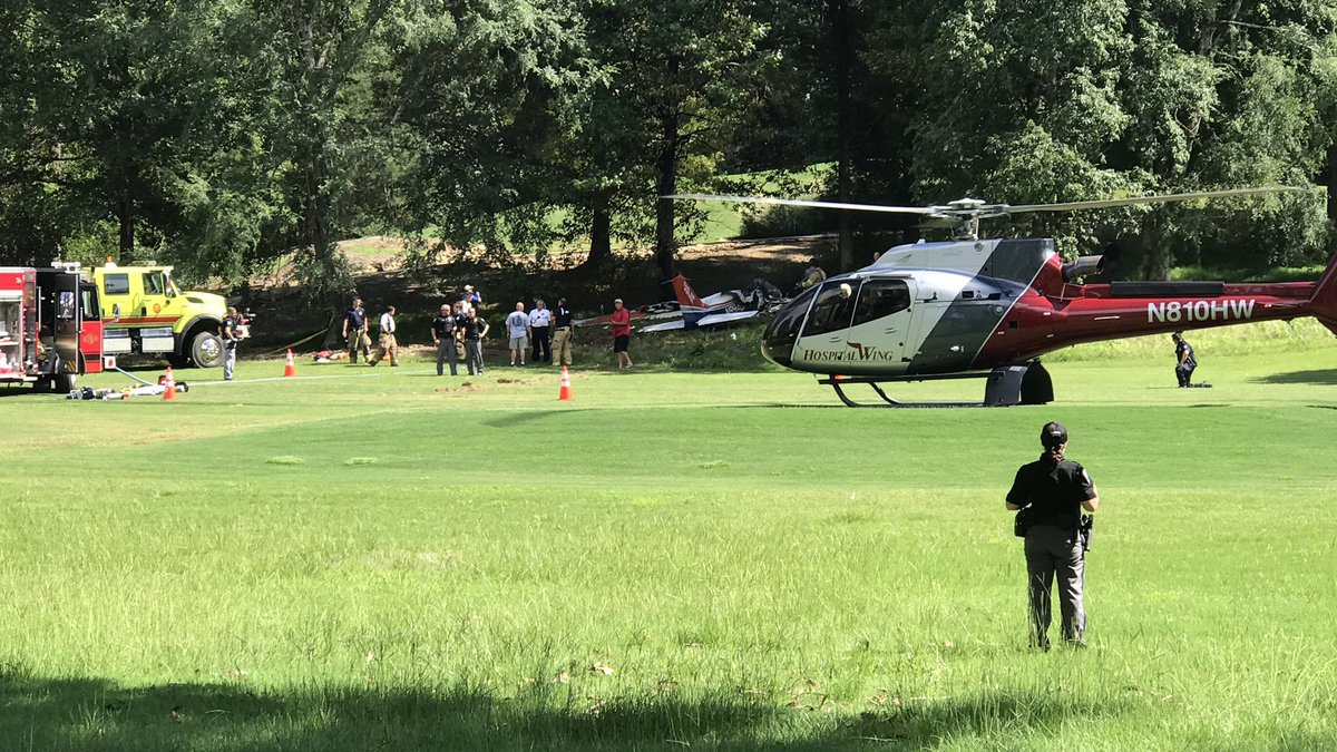 Small plane crashes on Ole Miss golf course (credit: Jake Thompson)