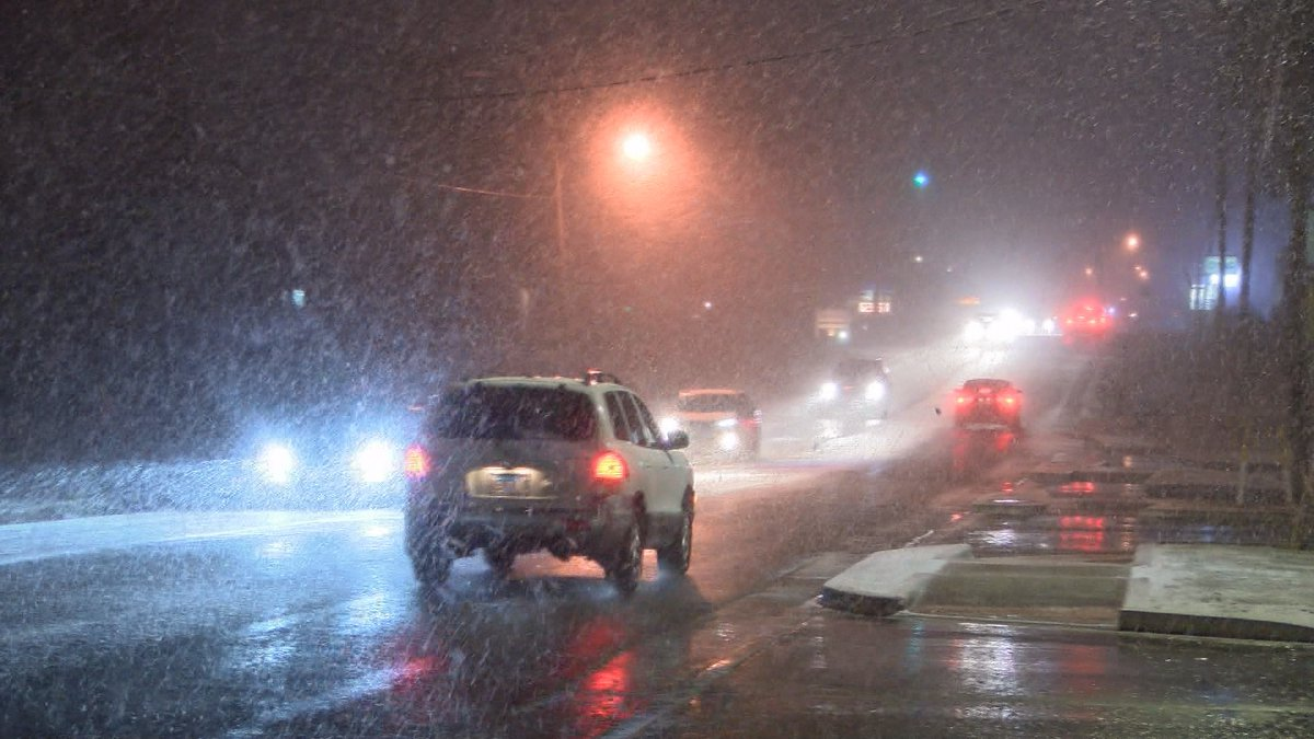Conditions became slick in the Heartland (Source: Chris Drury, KFVS)