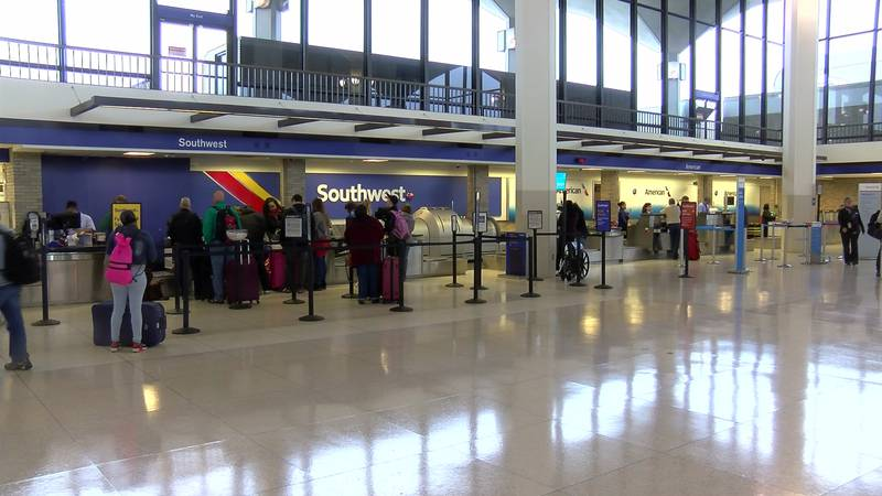 Memphis International Airport is seeing the uptick of holiday travelers.