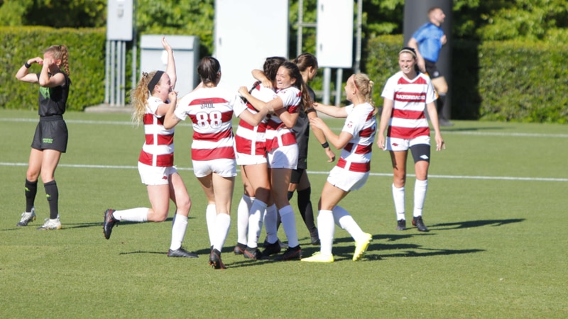 Arkansas beats Utah Valley 3-1 in the opening round of the NCAA Tournament