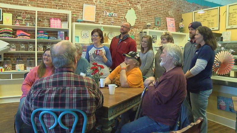 Veterans were treated to free coffee and snacks.