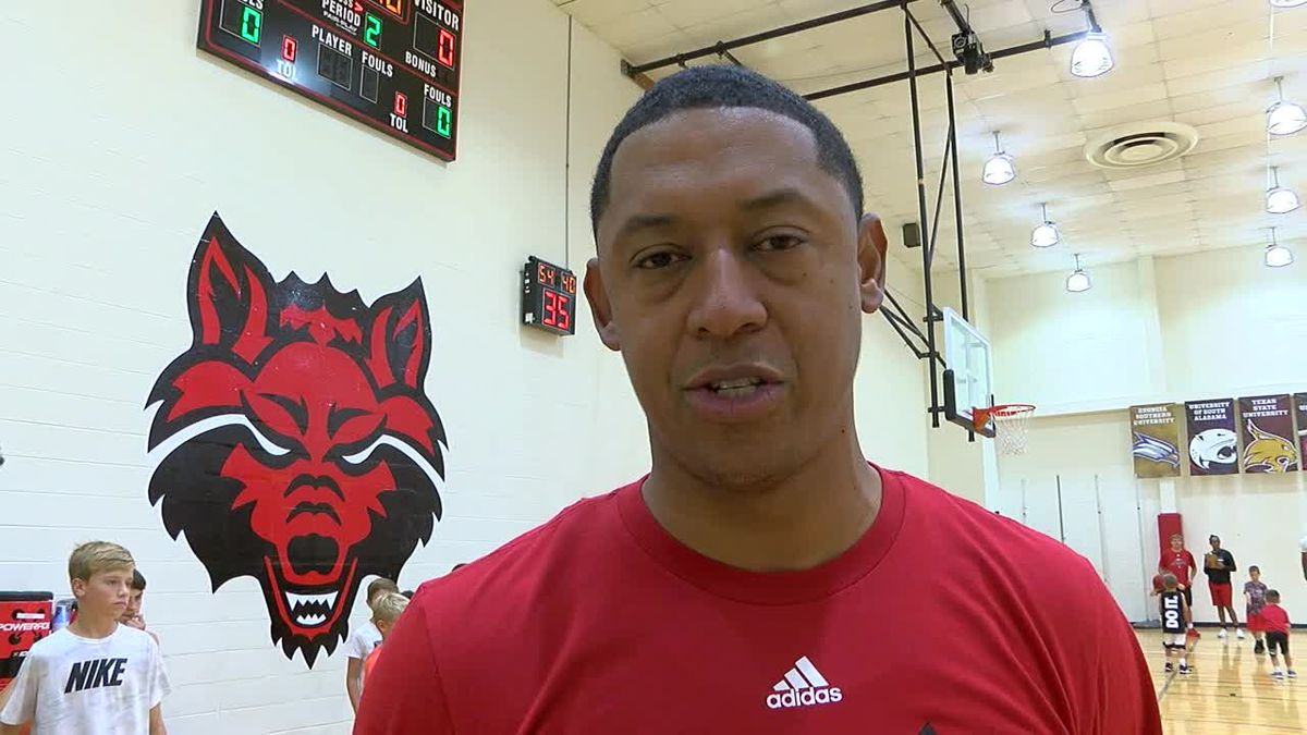 GF Default - Red Wolves Raw: New Arkansas State men's basketball assistant coach Rick Cabrera